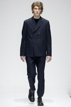 6 button double breasted   Margaret Howell Fall 2016 Menswear Fashion Show