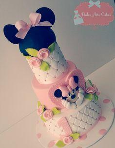 Tarta fondant hecha por Dulce Arte Cakes en Vecindario. Gran Canaria , siguenos en facebook-> Dulce Arte Cakes by Iris del Mar