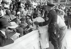 hitler'in bir amerikan kadınının kendisini öpme teşebbüsü sonrası tepkisi, berlin olimpiyatları, 1936
