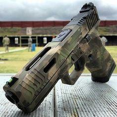 Post on armaswords Custom Glock, Custom Guns, Weapons Guns, Guns And Ammo, Glock Mods, Gun Art, Naval, Shooting Range, Hunting Rifles