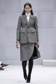 Balenciaga Ready To Wear Fall Winter 2016 Paris