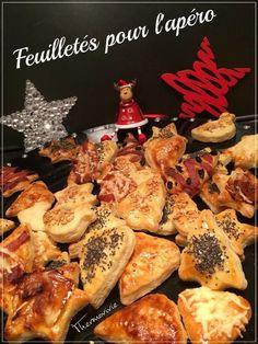 Voici une recette simple et rapide pour réaliser des petits feuilletés pour l'apéro de Noël, du nouvel an et de tous les autres aussi ;-) Ingrédients : - De la pâte feuilletée (lien de la recette ici) - un jaune d'œuf - des graines de sésames - des graines...