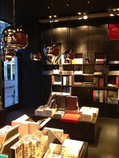 MENDO is a candy store for book aficionados. Browse the latest on fashion, photography, architecture.  Berenstraat, Amsterdam Www.mendo.nl