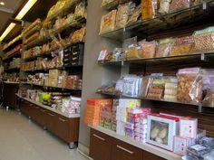 Peluang Usaha Bisnis Makanan Ringan Khas Daerah atau Oleh-oleh
