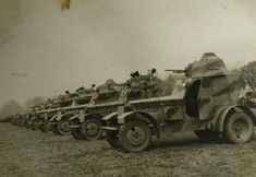 7 Batalion Pancerny Historia i Rekonstrukcje Historical Pictures, Armored Vehicles, Photo Reference, The Simpsons, Military Vehicles, World War, Wwii, Diesel, Planes