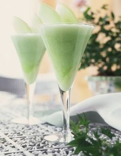 Breakfast Smoothies: Green Smoothie Recipe