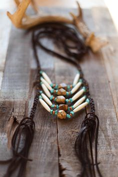 boho, navajo braided necklace with beading Antler Jewelry, Antler Necklace, Rustic Jewelry, Simple Jewelry, Braided Necklace, Diy Necklace, Necklaces, Collar Indio, American Indian Jewelry