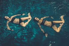 The Brooklyn Peaches | Synchronized Swimmers | Photographed in Southampton by Nils Ericson | #synchronizedswimming #synchronizedswimmers #swimmers #swim