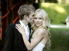 Avril Lavigne Wedding Hair