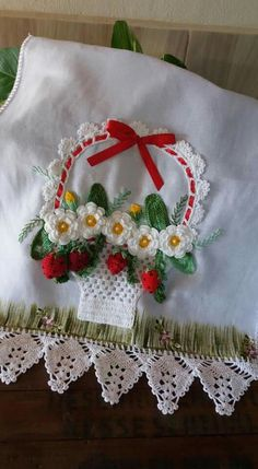 This tutorial shows how a simple satin stitch can be used to fill in the petals of flowers. I am using 4 strands of DMC floss and stitching… Crochet Butterfly, Crochet Flower Patterns, Crochet Motif, Crochet Doilies, Crochet Flowers, Embroidery Patterns, Free Crochet, Hand Embroidery, Learn Embroidery