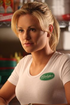 Bon Temps favourite faerie/waitress Sookie Stackhouse looks amazingly sweet in her simple Merlot's t-shirt