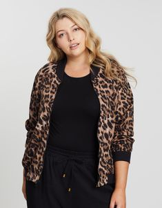 Discover designer Cheap Michael Kors Handbags, purses, tote bags, crossbodies and more at Michael Petite Outfits, Curvy Outfits, Casual Outfits, Leopard Print Jacket, Petite Women, Jackets Online, Handbags Michael Kors, Outerwear Women, Winter Wardrobe