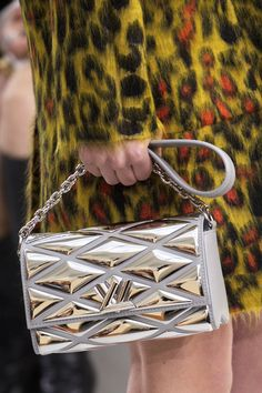 A closer look at the leather goods from the Louis Vuitton Women's Fall 2015 Fashion Show from Nicolas Ghesquière. Click through to watch the show now.