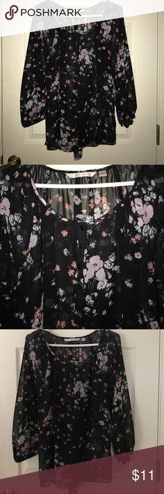 Lauren Conrad shirt Worn but in great condition LC Lauren Conrad Tops Blouses