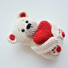 The 30 Cutest Crochet Bear Patterns - Derpy Monster Crochet Teddy, Cute Crochet, Crochet Toys, Red Heart Crochet Patterns, Bear Valentines, Crochet Decoration, Cute Dolls, Crochet Animals, Knitted Hats
