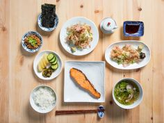 """When I get on a plane to Japan, breakfast is the meal I anticipate most. Not ramen, not a sushi omakase or pristine slices of sashimi, but a """"Japanese breakfast"""": Japanese Breakfast Traditional, Japanese Style Breakfast, Japanese Dishes, Japanese Recipes, Asian Recipes, Ethnic Recipes, Miso Soup, Serious Eats, Gastronomia"""