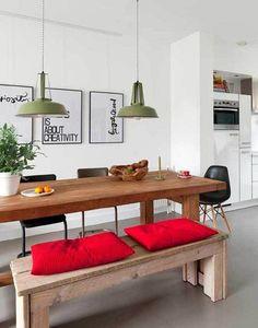 Ideas para comer en la cocina: mesa de madera con banco