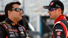 Tony Stewart had a rough two years, but he is putting all that behind him. Tony said he is 100 percent ready for the 2015 NASCAR season opener at Daytona. Nascar Rules, Nascar Live, Nascar Season, Anthony Wayne, Jimmy Johnson, Kurt Busch, Nascar Sprint Cup, Tony Stewart, Motor Speedway