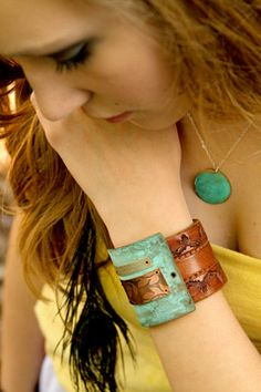 amazing handmade copper jewelry / ssd jewelry - leather and copper bracelet.