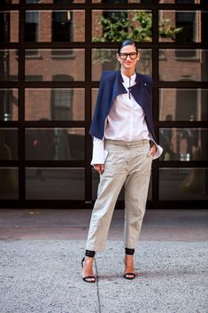 President and Creative Director at J.CrewWhat show are you here to see? Public School via Smart Casual Outfit, Cute Comfy Outfits, Diva Fashion, Look Fashion, Street Style Looks, Street Style Women, J Crew Outfits, Jenna Lyons, Colourful Outfits