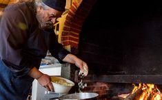 Ο μοναχός Επιφάνιος ο Μυλοποταμινός αγαπούσε τα ρεβίθια, μια που τα όσπρια ανήκουν στη λεγόμενη μεσογειακή διατροφή από την οποία μόνο οφέλη μπορούμε να αποκομίσουμε. Όπως συνήθιζε να λέει οι νέες διατροφικές συνήθειες έβγαλαν από το τραπέζι μας εκείνα τα φαγητά, που χρειάζονται περισσότερο χρόνο στην παρασκευή τους. Αν και τον τελευταίο καιρό τα όσπρια αρχίζουν δειλά δειλά να ξανακάνουν την εμφάνιση τους. Ale, Cooking, Ethnic Recipes, Spirit, Food, Kitchen, Ale Beer, Essen, Meals