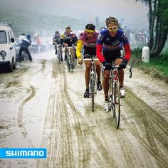 Andy Hampsten battling his way to the blizzard on the GaviaPass in Giro1988. #DuraAce #ShimanoRoad
