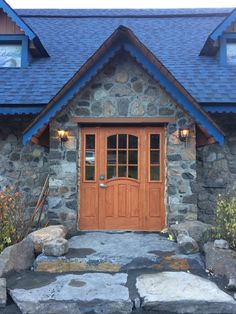 The history of Auberge et Spa Beaux Rêves in the Laurentians Adele, This Is Us, Cabin, River, Beautiful, History, House Styles, Home Decor, Natural Decorating