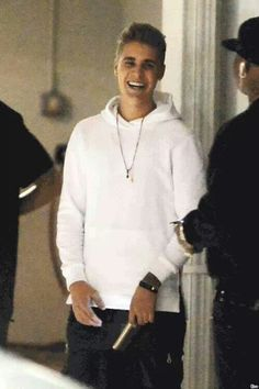 Justin Bieber's smile/laugh is amazing :) Love Of My Live, Big Love, I Love Him, Pattie Mallette, Spencer Boldman, Selena And Taylor, Scooter Braun, Bae, Dylan Sprouse