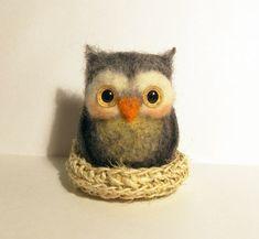 Needle Felted Art: Owl in nest | Picturescrafts.com #feltowls