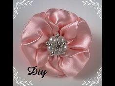 DIY - Flor de fita de cetim \ Flower satin ribbon - DIY - YouTube