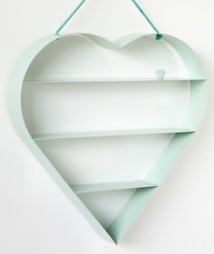 minty heart shelves #retaildetails