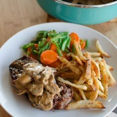 Steak with Creamy Mushroom Peppercorn Sauce - Slimming World recipes Slimming World Diet, Slimming Eats, Slimming World Recipes, Wrap Recipes, Beef Recipes, Cooking Recipes, Recipies, Healthy Eating Recipes, Vegetarian Recipes