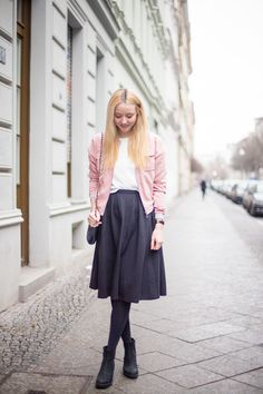 midirock-blogger-fashion-berlin-deutschland-chanel-missguided-outfit-streetstyle-bomberjacke