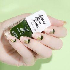 http://www.elle.co.jp/beauty/pick/fall-nail-art-designs_16_0901/5