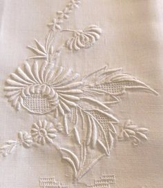Two Gorgeous Vintage Highly Detailed Hand Embroidered Linen Guest Towels