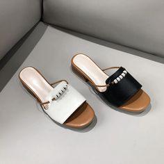 Chiko Lisbet Open Toe Block Heels Sandals - ropa, vacaciones y más Sport Sandals, Women's Shoes Sandals, Mid Heel Shoes, Sandal Heels, High Heels, Best Golf Shoes, Kinds Of Shoes, Ciabatta, Luxury Shoes