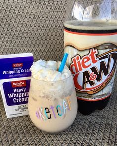 Cuz sometimes I need a float. I went a lil extra tonight and added whipped cream… Cuz sometimes I need a float. I went a lil extra tonight and added whipped cream… Desserts Keto, Keto Snacks, Keto Foods, Diet Dinner Recipes, Diet Recipes, Ketogenic Recipes, Delicious Recipes, Healthy Recipes, Pancake
