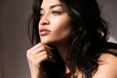Shanina Shaik / Revlon Colorburst Lip Butter in Peach Parfait / Into the Gloss