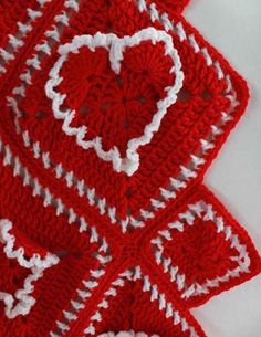 Picture of Ruffled Hearts Afghan Crochet Pattern Granny Squares, Crochet Granny Square Afghan, Granny Square Crochet Pattern, Afghan Crochet Patterns, Crochet Squares, Crochet Motif, Crochet Hooks, Crochet Afghans, Crochet Blankets
