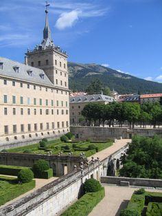 El Escorial near Madrid... amazing!