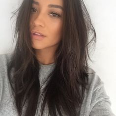 Loving Shay's hair! | Pretty Little Liars