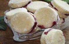 Rychlovka na stůl: Měkká kolečka s marmeládou, obalená v cukru!