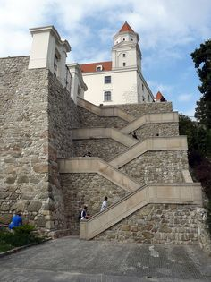 Bratislava Castle approach - Slovakia I was there! Bratislava, Monuments, Grand Staircase, Central Europe, Abandoned Houses, Macedonia, Eastern Europe, Architecture Details, Beautiful Places