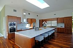 Kitchen Decor Trends for 2014 | ComFree Blog, 559x366 in 40.4KB