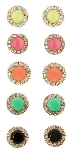 My kind of earrings! Kate Spade Sparkle studs: i'll take a pair in each color, please! Cute Jewelry, Jewelry Box, Jewelry Accessories, Fashion Accessories, Fashion Jewelry, Jewlery, Body Jewelry, The Bling Ring, Diamond Are A Girls Best Friend