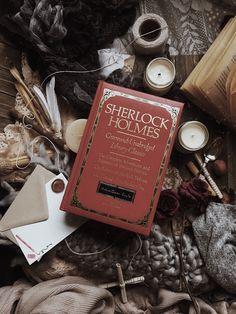 Sherlock Holmes: Greenwich Unabridged Library Classics: A book by Sir Arthur Conan Doyle Sherlock Holmes Dibujos, Sherlock Holmes Book, Adventures Of Sherlock Holmes, Watson Sherlock, Sherlock Tattoo, Sherlock Quotes, Sir Arthur, Arthur Conan Doyle, Shinee Sherlock