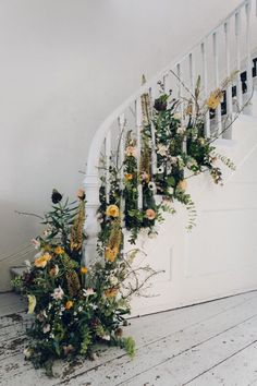 Spring Party Floral Staircase Image Via: Design*SpongeImage Via: Design*Sponge Spring Flowers, Wild Flowers, Floral Wedding, Wedding Flowers, Wedding Bride, Deco Floral, Spring Party, Lounges, Of Wallpaper