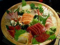 Japanese sashimi platter - www.abillionlittlestars.com