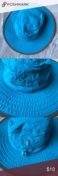 37af66dcbbae5 Outdoor Research Solar Roller Sun Hat Size Small This broad sun hat has a  UPF 50