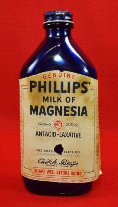 Vintage Phillips Milk Of Magnesia Cobalt Blue Glass Bottle. Tasted awful but worked 1970s Childhood, My Childhood Memories, Sweet Memories, Childhood Toys, Vintage Advertisements, Vintage Ads, Vintage Items, Vintage Medical, Vintage Packaging